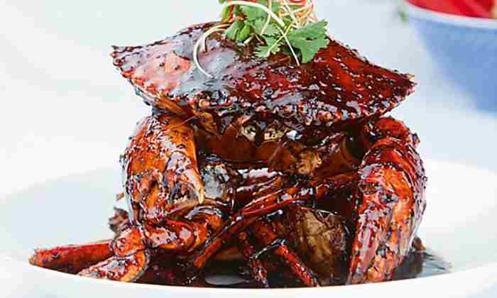 Mud crab with black pepper sauce at Peppercrab
