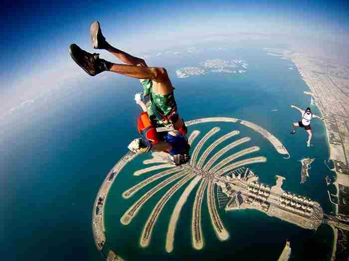 چتربازی در دبی - Dubai skydiving
