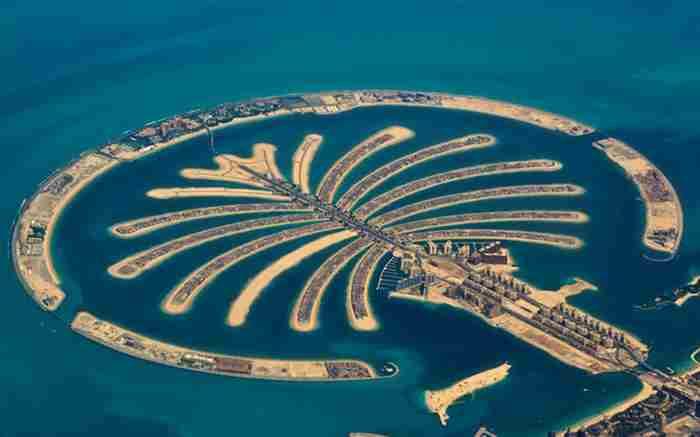 جزیره های نخلی دبی ، سازه های عجیب و مدرن