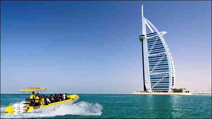 قایق های تندرو  دبی مارینا - ٩٠ دقیقه هیجان