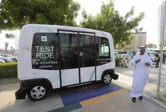 مینیبوس بدون راننده در دبی
