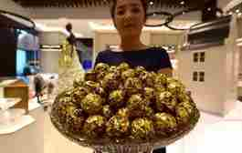 عرضه شکلات با طعم طلا در دبی