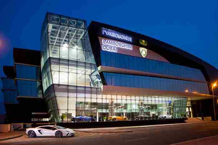 بزرگ ترین مرکز فروش لامبورگینی جهان در دبی