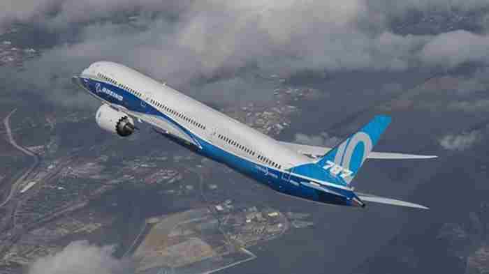 قرارداد بزرگ بویینگ و هواپیمایی امارات برای خرید دریم لاینر
