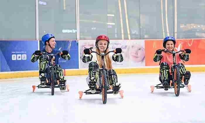 دوچرخه یخی در دبی مال افتتاح شد
