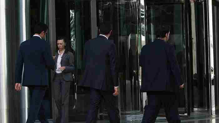 قوانین جدید کار دبی