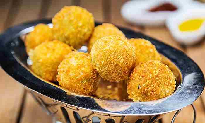 توپ های پنیری هالاپینو