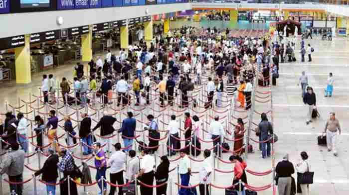 رکورد فرودگاه دبی