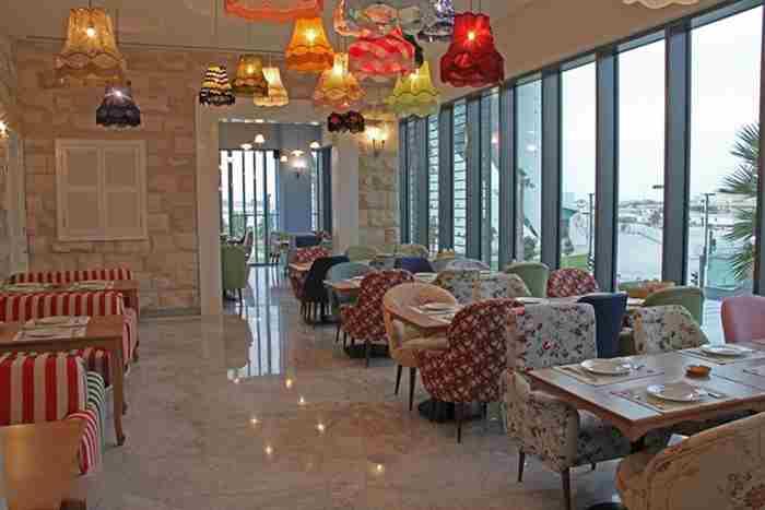 رستوران لبنانی عناب در جمیرا دبی - Enab Beirut
