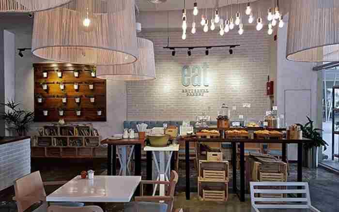 نانوایی سنتی در بیزینس بی دبی - Eat Artisanal Bakery
