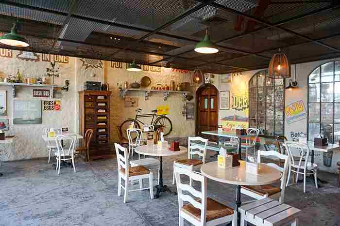 کافه رستوران راجو املت دبی - Raju Omlet