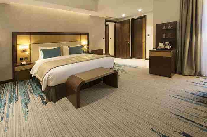 هتل گلدن تولیپ مدیا