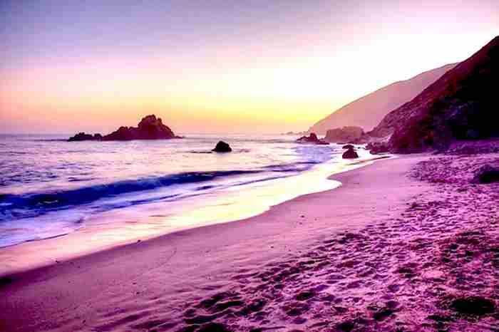 ساحل ماسه صورتی