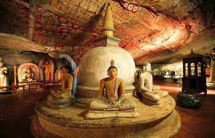 معبد غار دامبولا