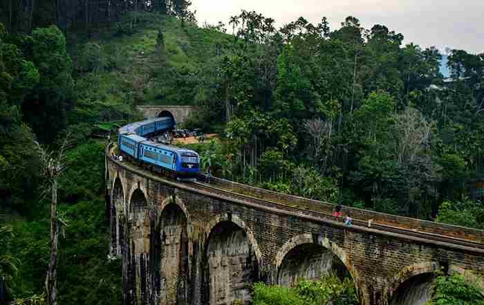 پل نه قوس سریلانکا
