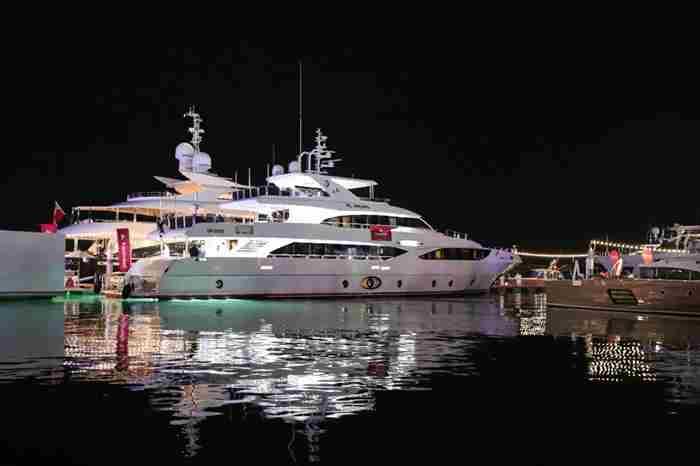 نمایشگاه بین المللی قایق دبی