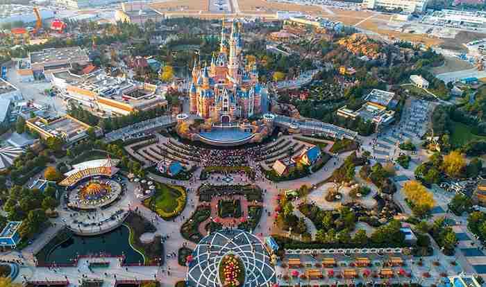 پارک دیزنی لند شانگهای