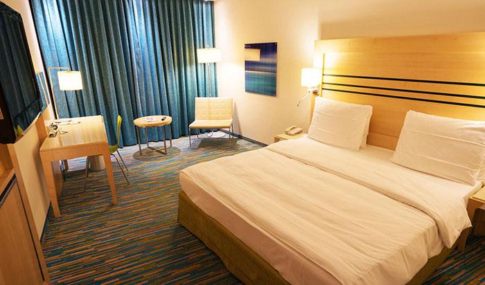 قرنطینه در هتل
