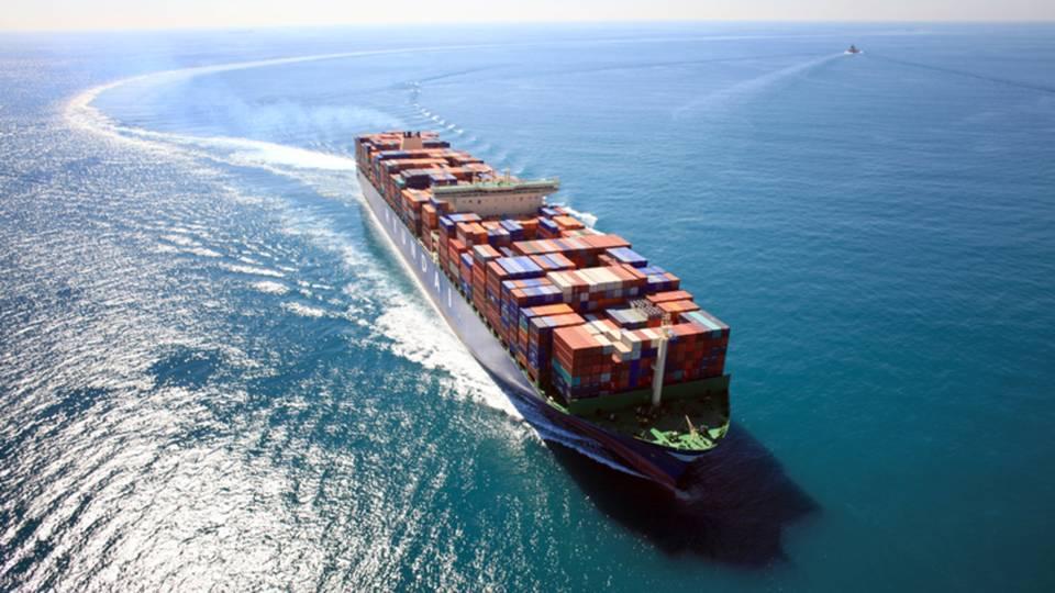 بهبود روابط تجاری با امارات
