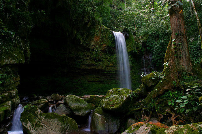 آبشار ماهوا