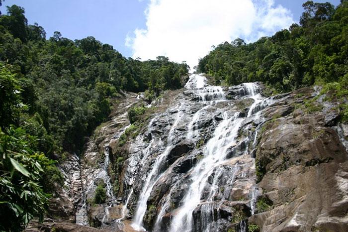 باشکوه ترین آبشارهای مالزی